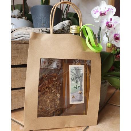 Coffret 200g de noix décortiquées (cerneaux) et 1 bouteille d'huile de noix de 1 litre