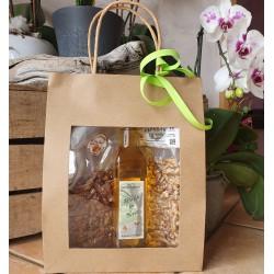 Coffret 200g de noix décortiquées (cerneaux), 200g d'Apéri'Drômois et 1 bouteille d'huile de noix de 25cl